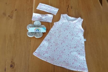 Kibu Sommerkleid weiss Sterne pink