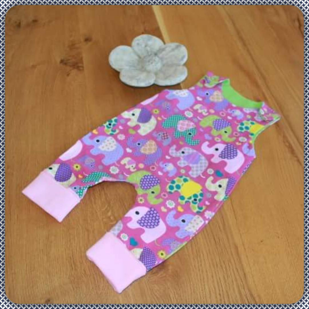 Strampler Elefanten violett